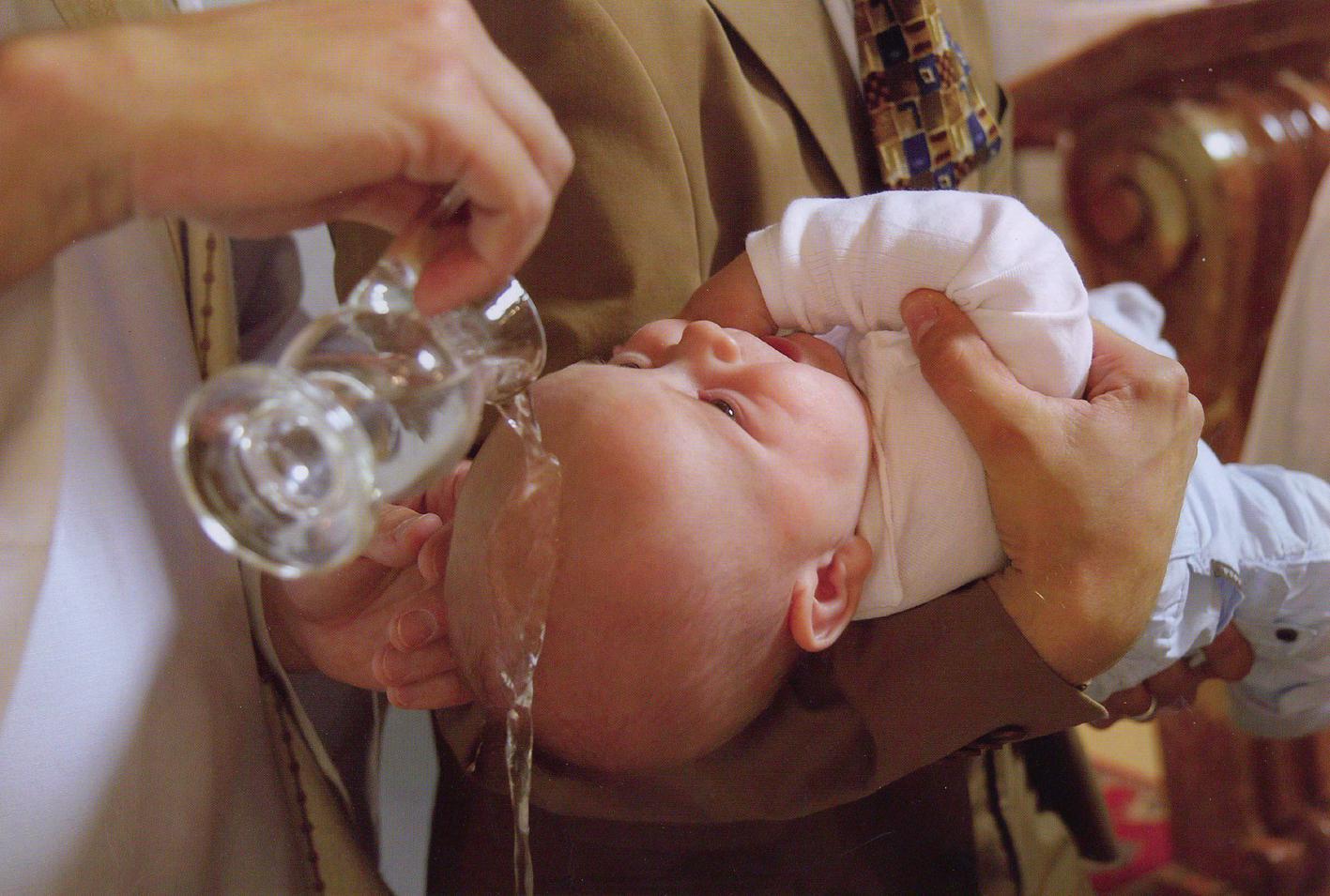Le Baptême - Egliseinfo.be